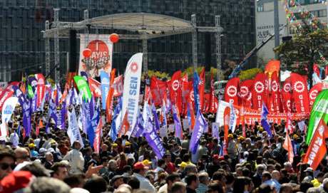 32 yıl sonra 1 Mayıs İşçi bayramı! galerisi resim 2