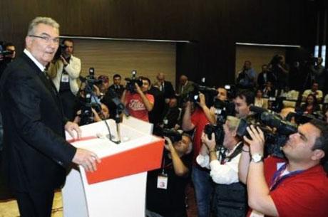 Baykal istifa etti, Partililer ağladı galerisi resim 16
