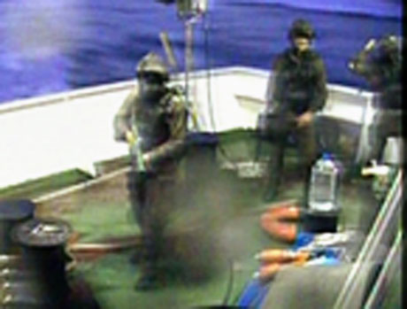 İsrail yardım gemisine böyle saldırdı galerisi resim 11