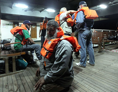İsrail yardım gemisine böyle saldırdı galerisi resim 15