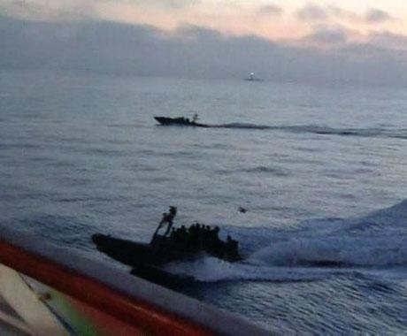 İsrail yardım gemisine böyle saldırdı galerisi resim 34