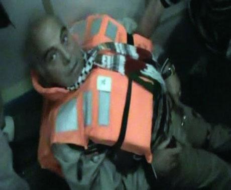 İsrail yardım gemisine böyle saldırdı galerisi resim 39