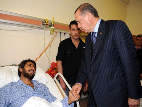 Erdoğan'ı alnından öptüler galerisi resim 14