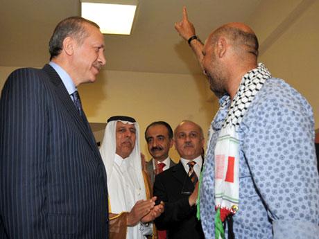 Erdoğan'ı alnından öptüler galerisi resim 2