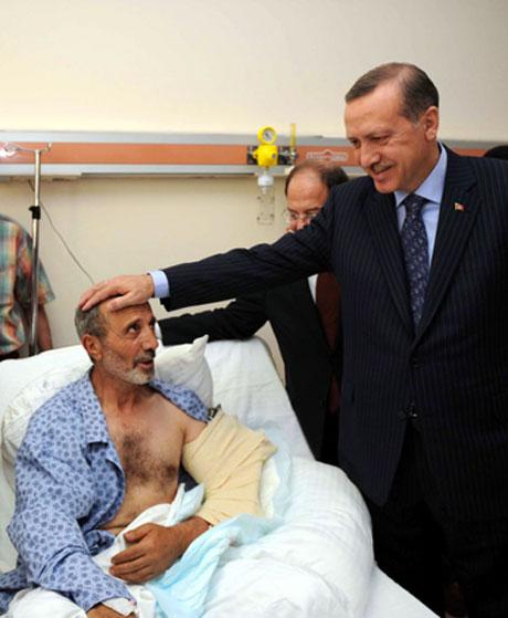 Erdoğan'ı alnından öptüler galerisi resim 23