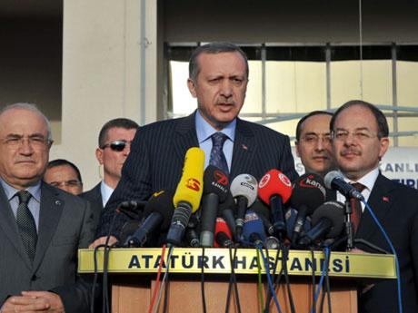 Erdoğan'ı alnından öptüler galerisi resim 5