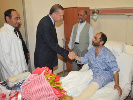 Erdoğan'ı alnından öptüler galerisi resim 6