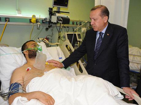 Erdoğan'ı alnından öptüler galerisi resim 7