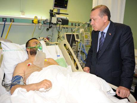Erdoğan'ı alnından öptüler galerisi resim 8