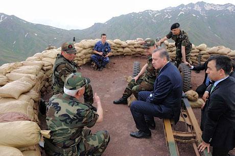 Erdoğan ve Başbuğ mevzide! galerisi resim 11