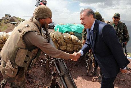 Erdoğan ve Başbuğ mevzide! galerisi resim 14