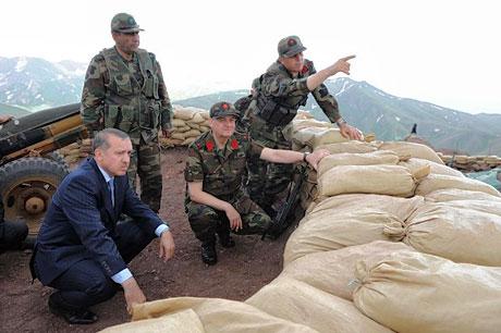 Erdoğan ve Başbuğ mevzide! galerisi resim 20