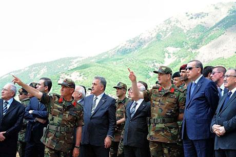 Erdoğan ve Başbuğ mevzide! galerisi resim 6