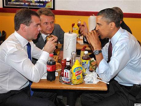 Obama ve Medvedev hamburgerci'de galerisi resim 2