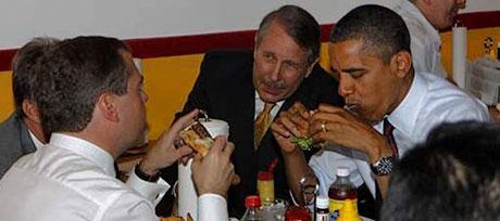 Obama ve Medvedev hamburgerci'de galerisi resim 8