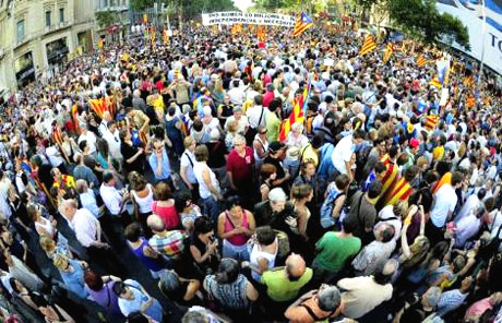 1 milyon Katalon 'biz ulusuz' dedi galerisi resim 1