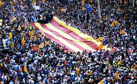 1 milyon Katalon 'biz ulusuz' dedi galerisi resim 12