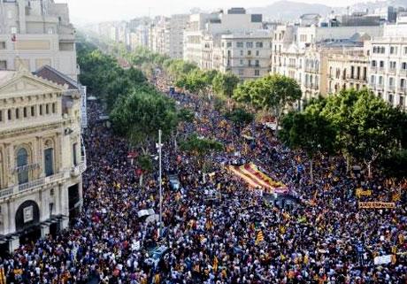 1 milyon Katalon 'biz ulusuz' dedi galerisi resim 13