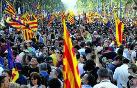 1 milyon Katalon 'biz ulusuz' dedi galerisi resim 3