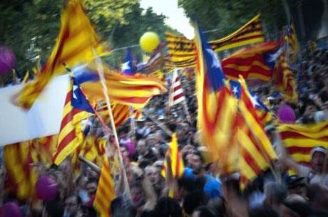 1 milyon Katalon 'biz ulusuz' dedi galerisi resim 9