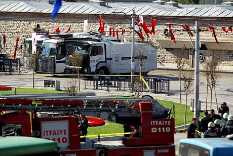 Taksim'de canlı bomba saldırısı galerisi resim 11