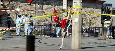 Taksim'de canlı bomba saldırısı galerisi resim 21