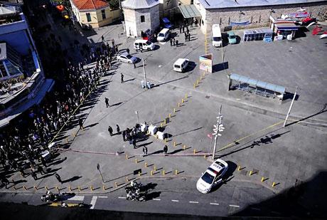 Taksim'de canlı bomba saldırısı galerisi resim 22