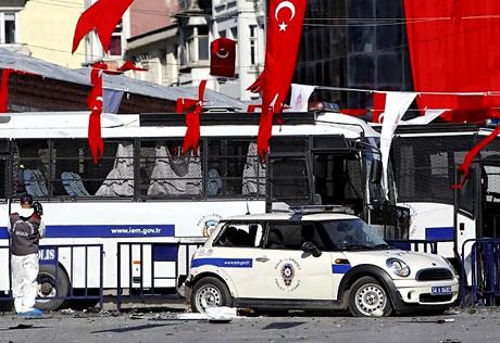 Taksim'de canlı bomba saldırısı galerisi resim 3