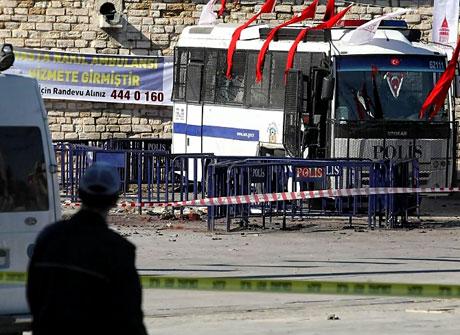 Taksim'de canlı bomba saldırısı galerisi resim 8