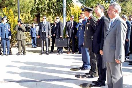 Asker Diyarbakır'da sloganlarla yürüdü galerisi resim 10