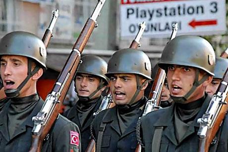 Asker Diyarbakır'da sloganlarla yürüdü galerisi resim 5