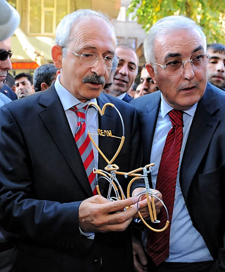 Kılıçdaroğlu ilk kez Diyarbakır'da galerisi resim 13