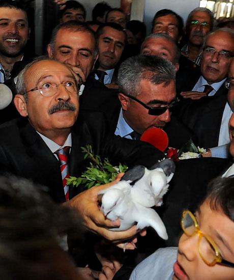 Kılıçdaroğlu ilk kez Diyarbakır'da galerisi resim 8