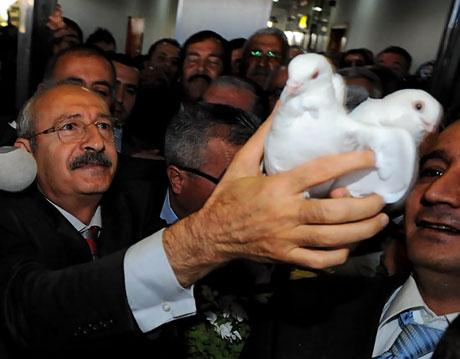 Kılıçdaroğlu ilk kez Diyarbakır'da galerisi resim 9