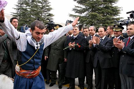 Cumhurbaşkanı Gül Diyarbakır'da galerisi resim 10