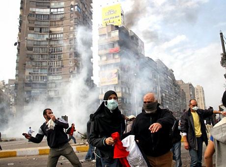 Mısır'da Mübarek iktidarı sallanıyor galerisi resim 11