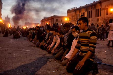 Mısır'da Mübarek iktidarı sallanıyor galerisi resim 18