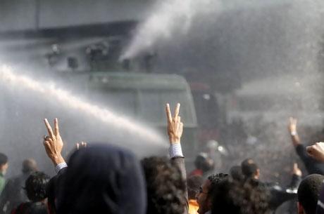 Mısır'da Mübarek iktidarı sallanıyor galerisi resim 26