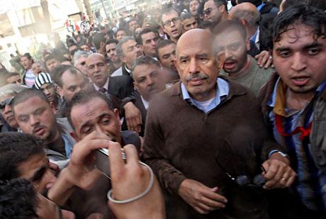 Mısır'da Mübarek iktidarı sallanıyor galerisi resim 5