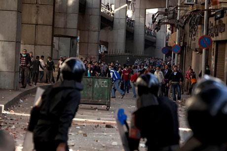 Mısır'da Mübarek iktidarı sallanıyor galerisi resim 8