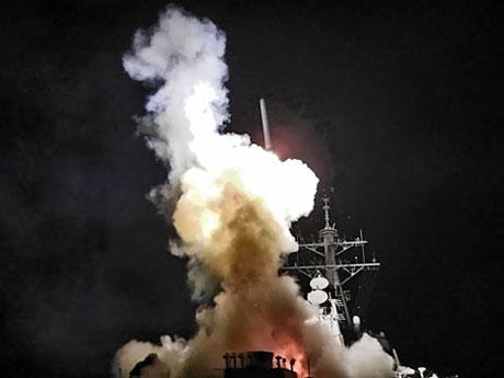 Libya'ya bomba yağıyor galerisi resim 7