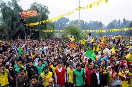 Tarihi 2011 Newroz'undan manzaralar galerisi resim 18