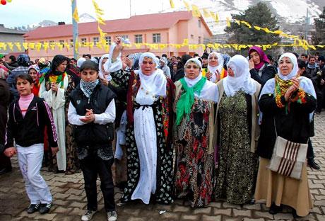 Tarihi 2011 Newroz'undan manzaralar galerisi resim 19