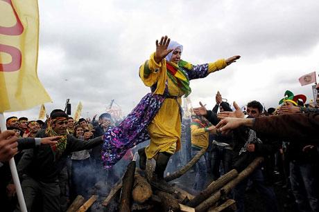 Tarihi 2011 Newroz'undan manzaralar galerisi resim 23