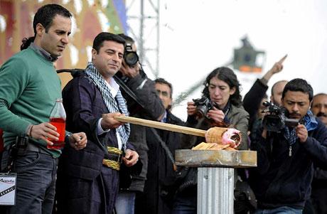 Tarihi 2011 Newroz'undan manzaralar galerisi resim 29