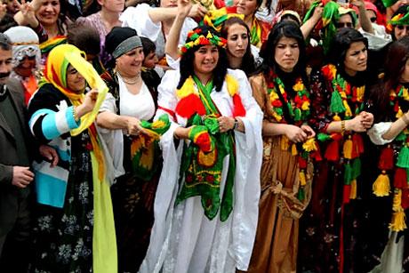 Tarihi 2011 Newroz'undan manzaralar galerisi resim 3