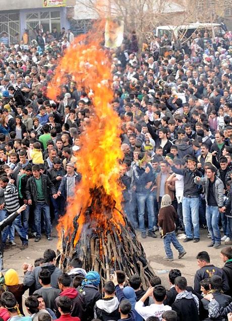 Tarihi 2011 Newroz'undan manzaralar galerisi resim 33