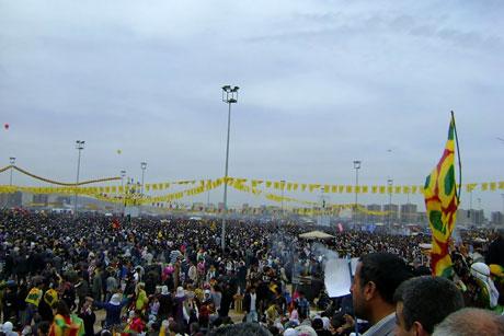 Tarihi 2011 Newroz'undan manzaralar galerisi resim 38