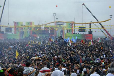 Tarihi 2011 Newroz'undan manzaralar galerisi resim 39
