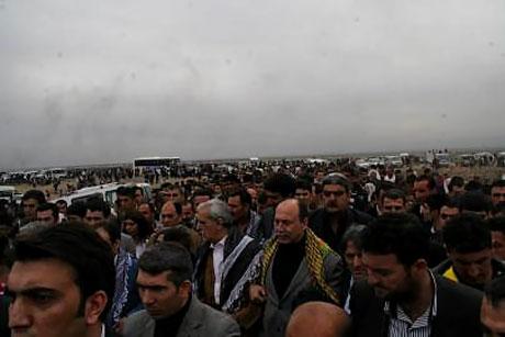Tarihi 2011 Newroz'undan manzaralar galerisi resim 41
